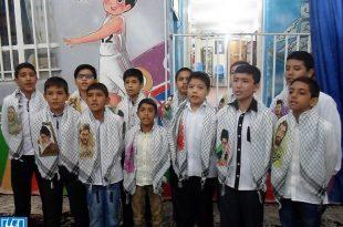 اجرای سرود مدافعان حرم توسط گروه سرود طاها